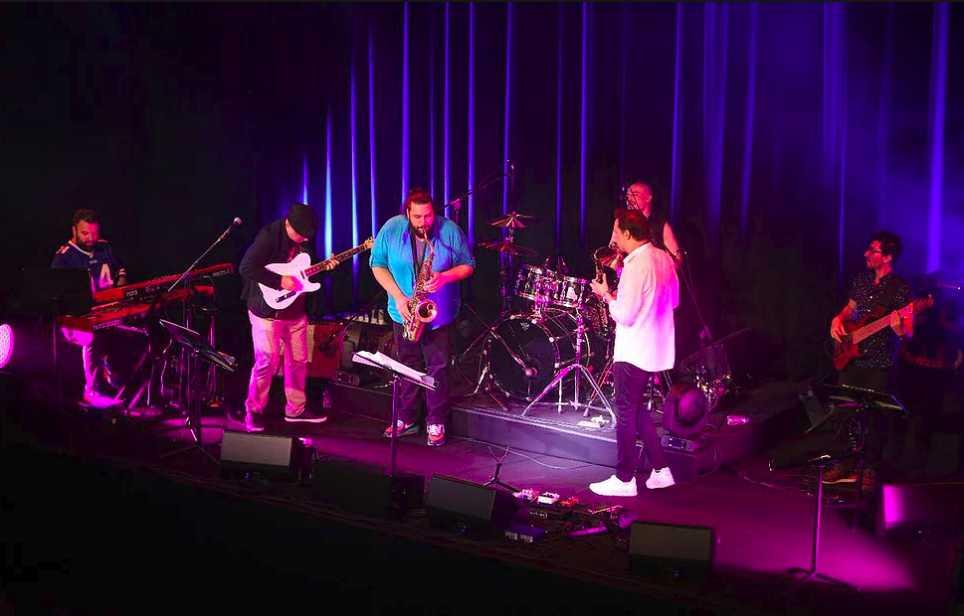 دانلود جشنواره بین المللی موسیقی افتتاحیه جشنواره بین المللی موسیقی باکو