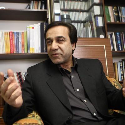 دانلود محمد گلریز گفتگو با محمد گلریز خواننده انقلابی کشورمان