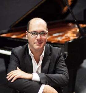 دانلود گوتلیب والیش کنسرت پیانیست مطرح اتریشی ایرانی در تهران