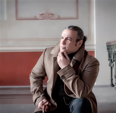 دانلود ماهور دریافت مجوز اولین خواننده ایرانی نروژی از دفتر موسیقی