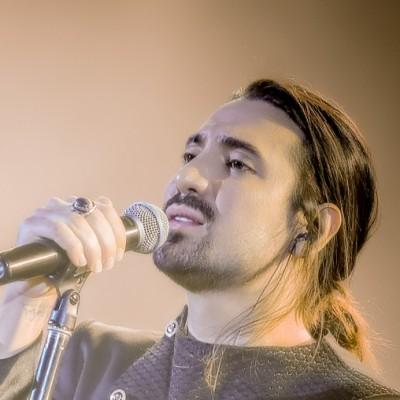 دانلود  امیرعباس گلاب  کنسرت امیرعباس گلاب در سالن میلاد نمایشگاه بینالمللی تهران