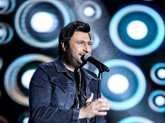 دانلود آهنگ محمد علیزاده نگاهی به کنسرت محمد علیزاده در تهران