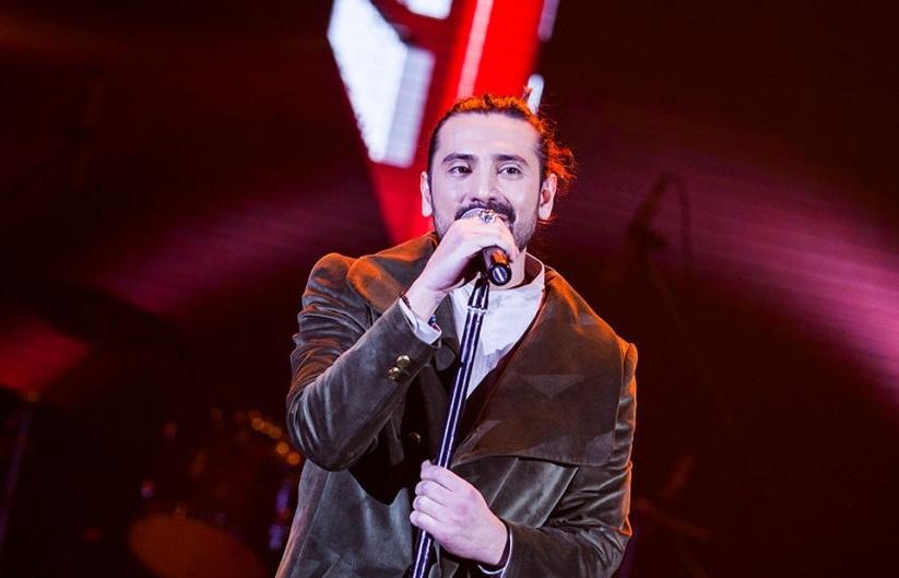 دانلود امیرعباس گلاب نگاهی به آخرین اجرای امیرعباس گلاب در امسال