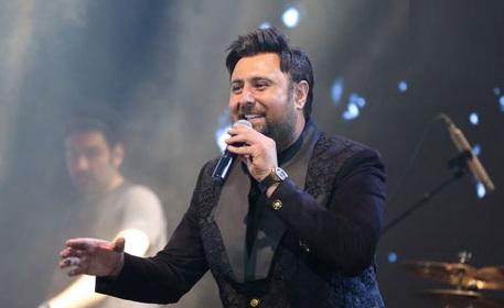 دانلود محمد علیزاده اجرای محمد علیزاده در سالن ملی الیگودرز