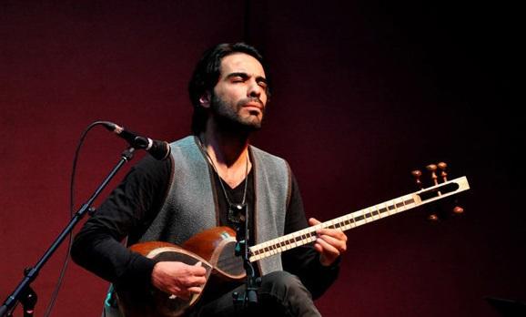 دانلود علی قمصری گفتگوی جدید علی قمصری آهنگساز و نوازنده تار