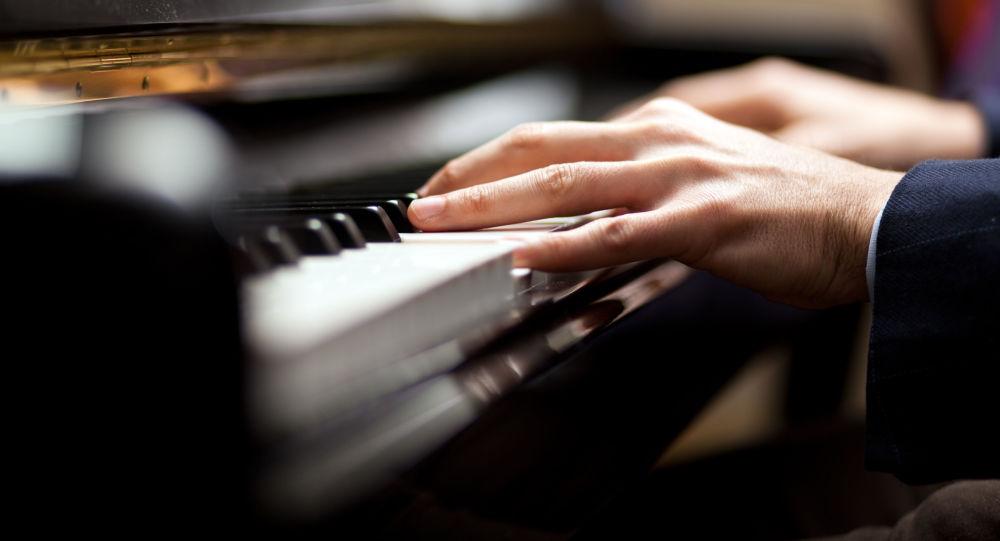 دانلود دستیار آهنگساز طراحی دستیار مجازی آهنگساز در دانشگاه مهندسی مسکو