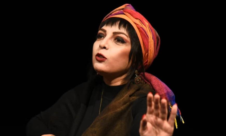 دانلود نیلوفر لاری پور حضور نیلوفر لاری پور در عرصه بازیگری تئاتر