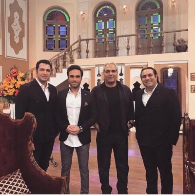 دانلود سون بند شب گذشته مهران مدیری در برنامه دورهمی میزبان گروه موسیقی سون بود.