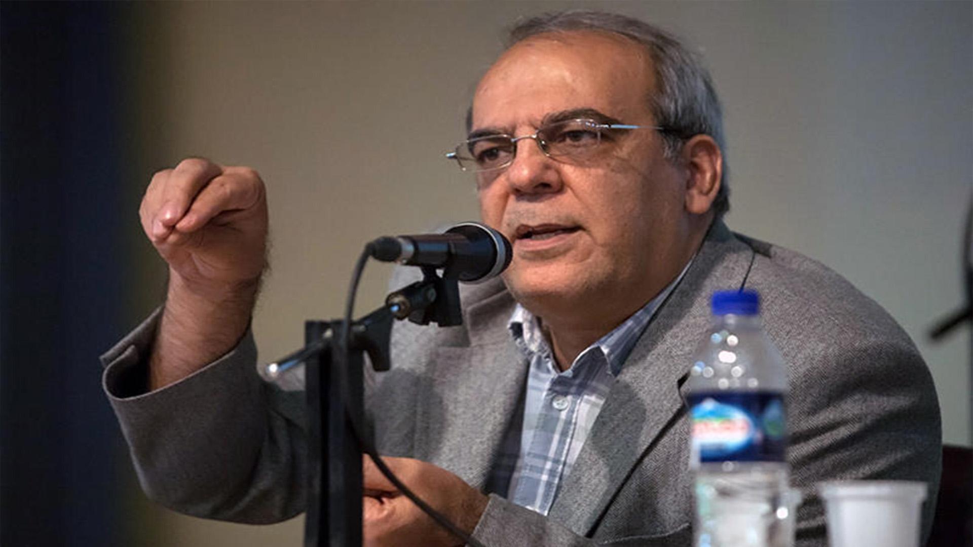 دانلود نظر عباس عبدی درباره ی شهرام ناظری و تتلو وقتی تتلو جایزه میگیرد و شهرام ناظری نمیتواند کنسرت دهد