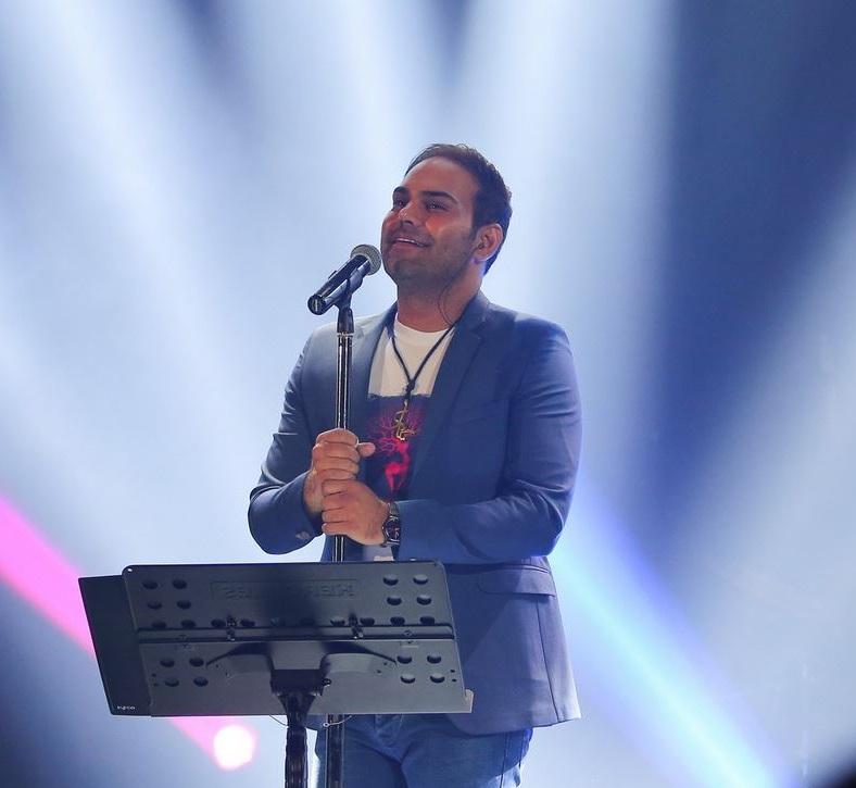دانلود سیامک عباسی دعوت از 50 مبتلا به سندروم داون به کنسرت سیامک عباسی در رشت