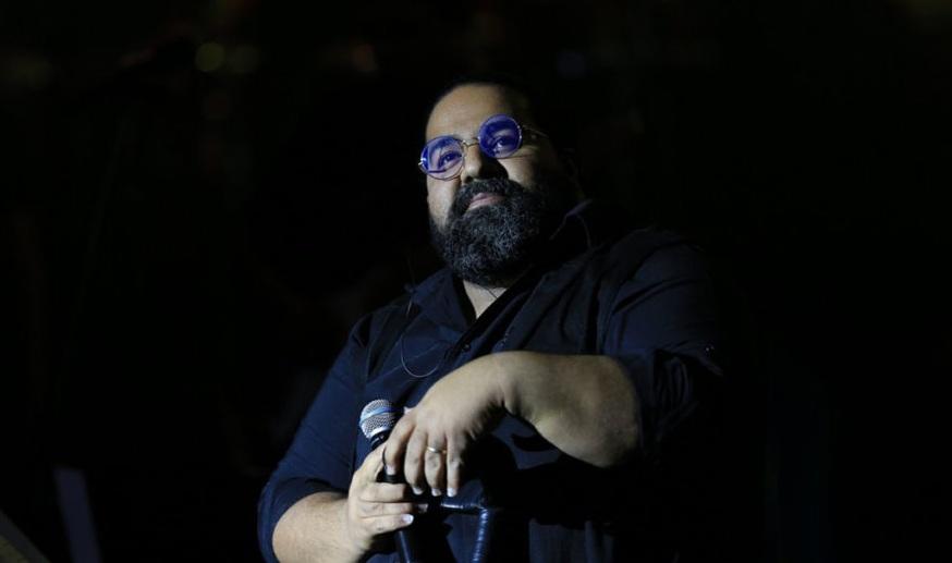 دانلود رضا صادقی نگاهی به اجرای رضا صادقی با ارکستر جدید در برج میلاد
