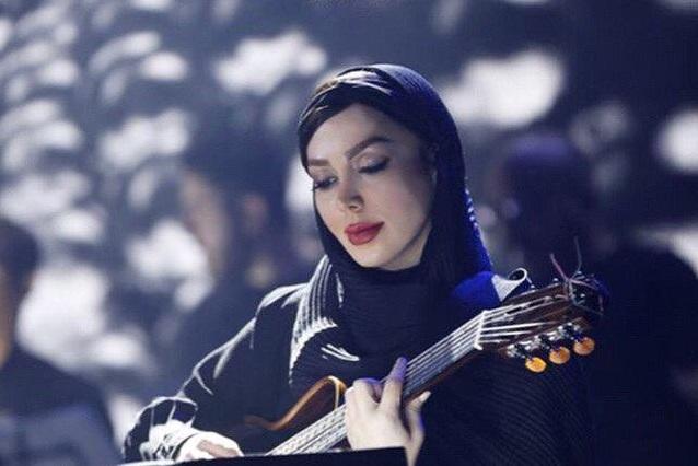 دانلود مریم غفاری مصاحبه با مریم غفاری مدرس و نوازنده گیتار